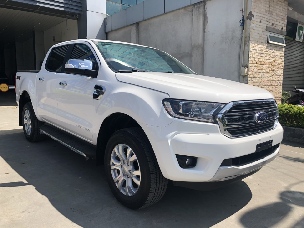 Ford Ranger Limited 2.0L AT3